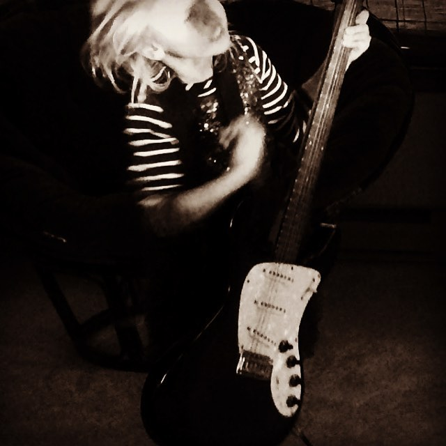 P rockin my salvaged danelctro baritone guitar!  Look out ! . . . #rockerkids #turnituploud