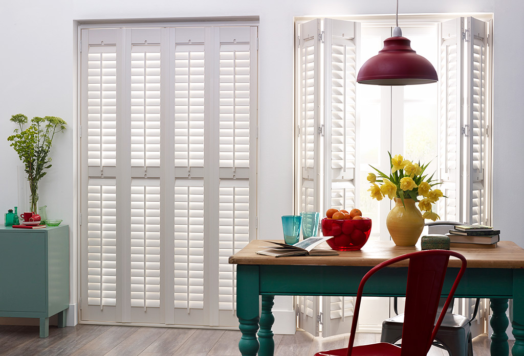 Wood Shutters with One Inch Louvre