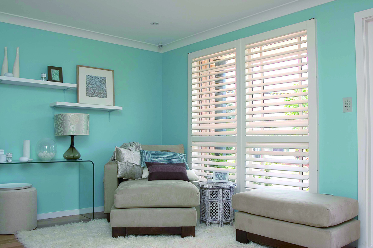 "Plantation Shutters with 3"" Louvers"