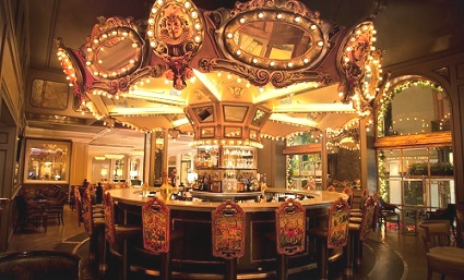 The Carousel Bar is the only revolving bar in New Orleans – but don't worry, it only rotates once every 15 minutes