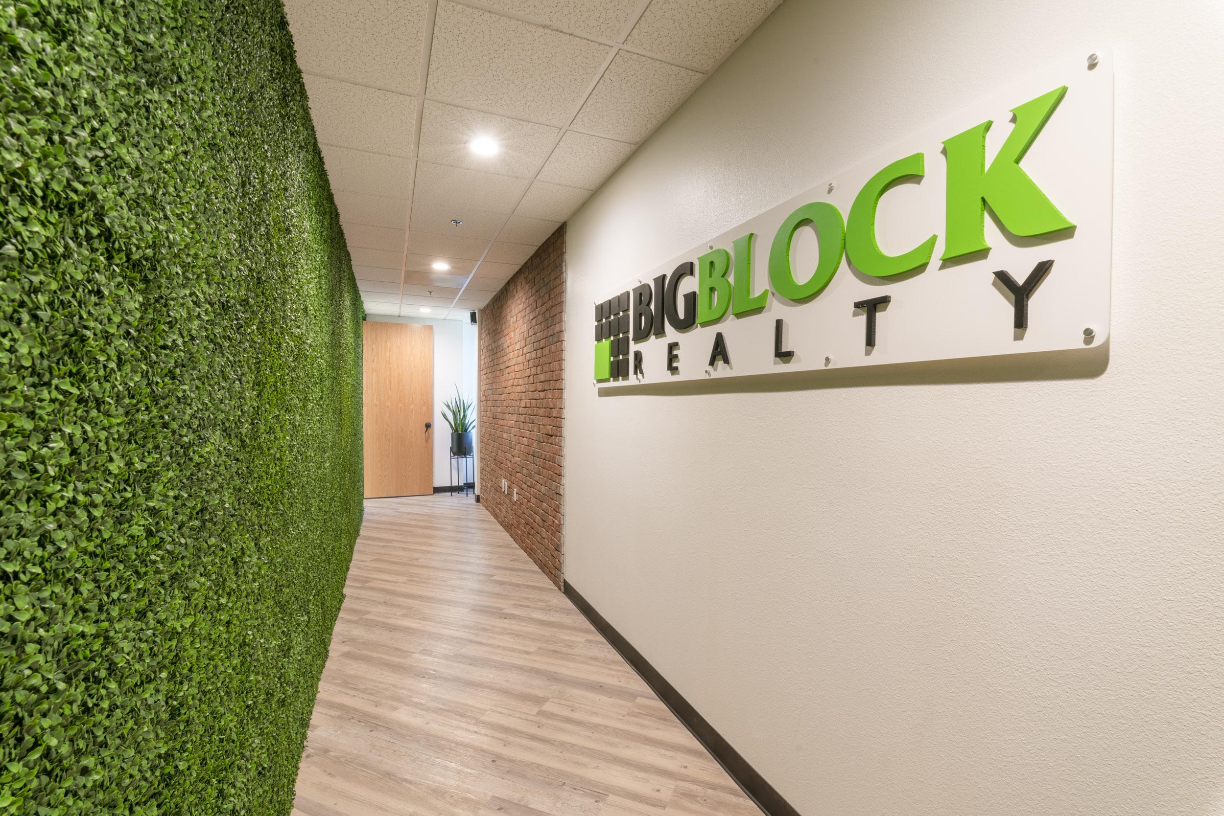 Big Block Realty Interior Web Res-8828.JPG