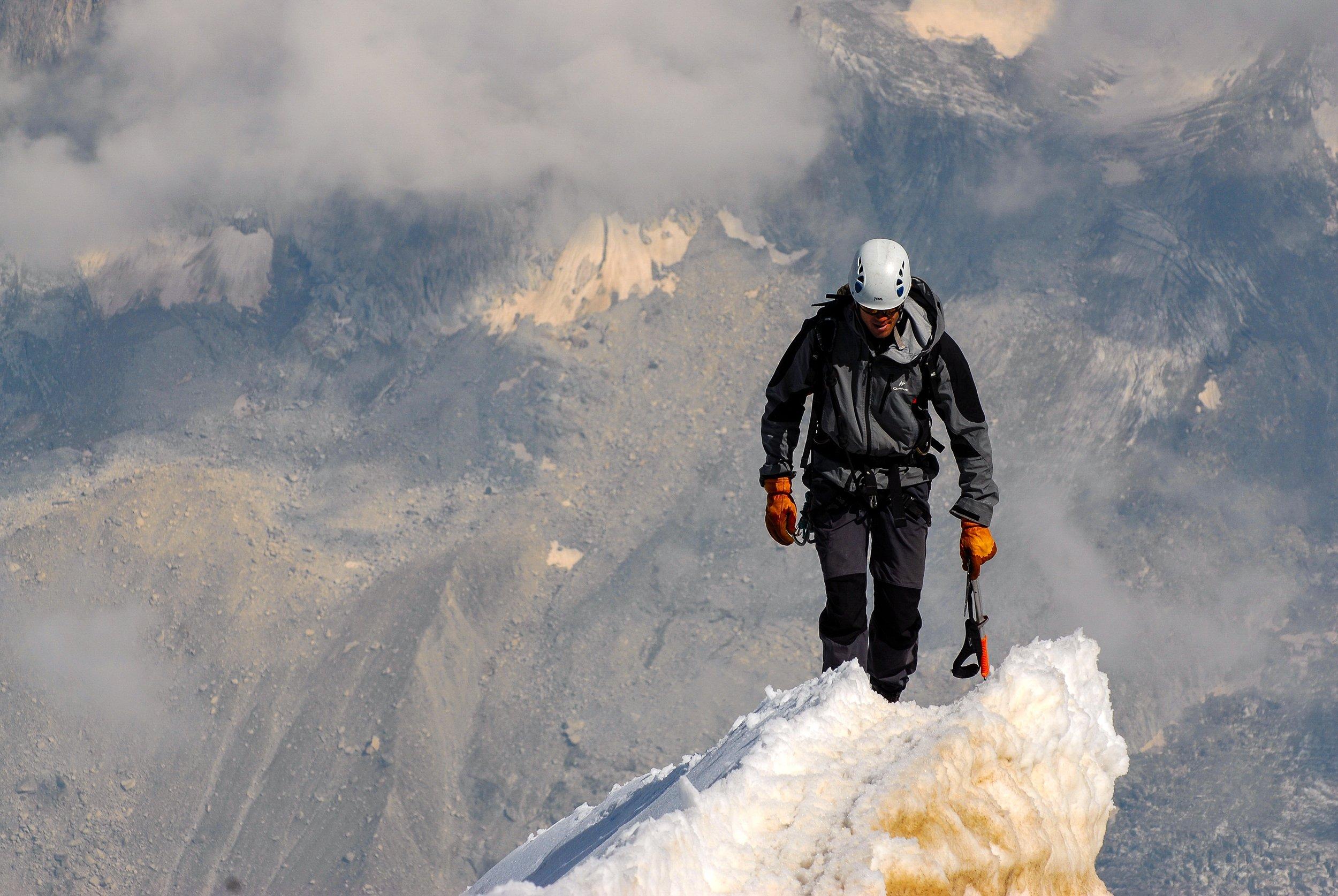 summit-1209168.jpg