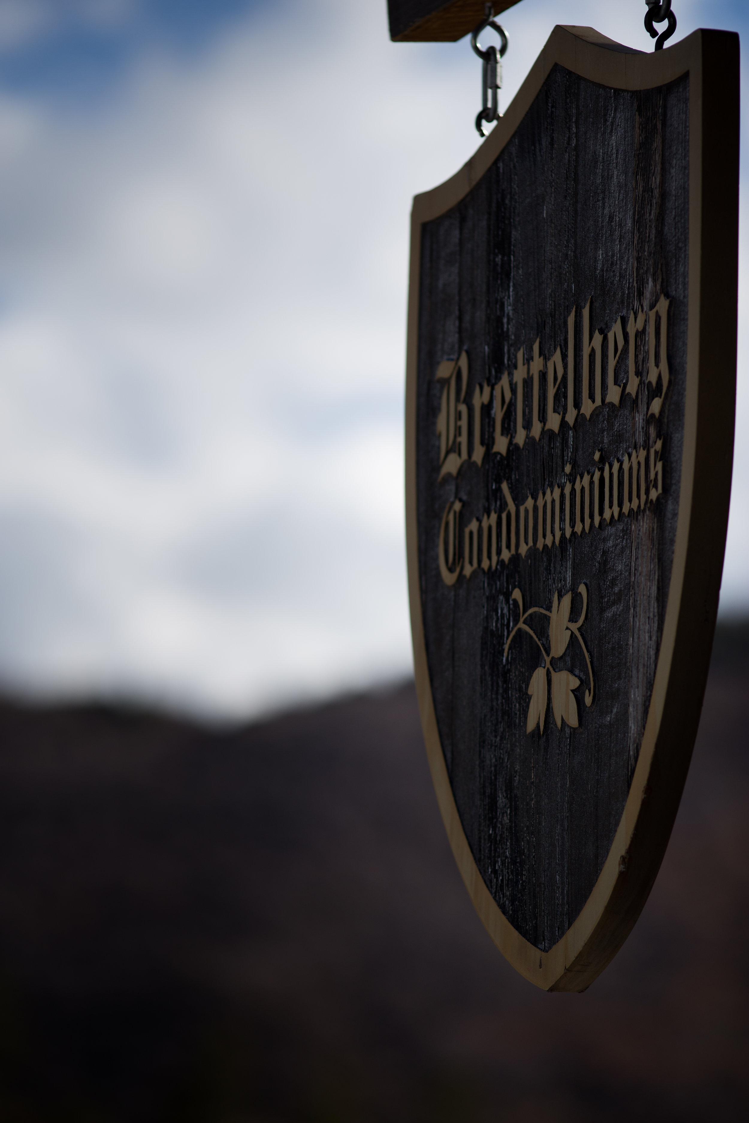 Brettelberg Sign.jpg