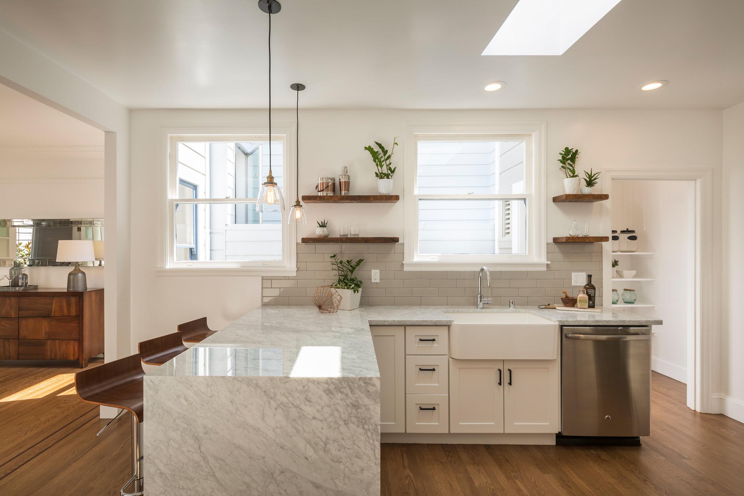 Kitchen_5703.jpg