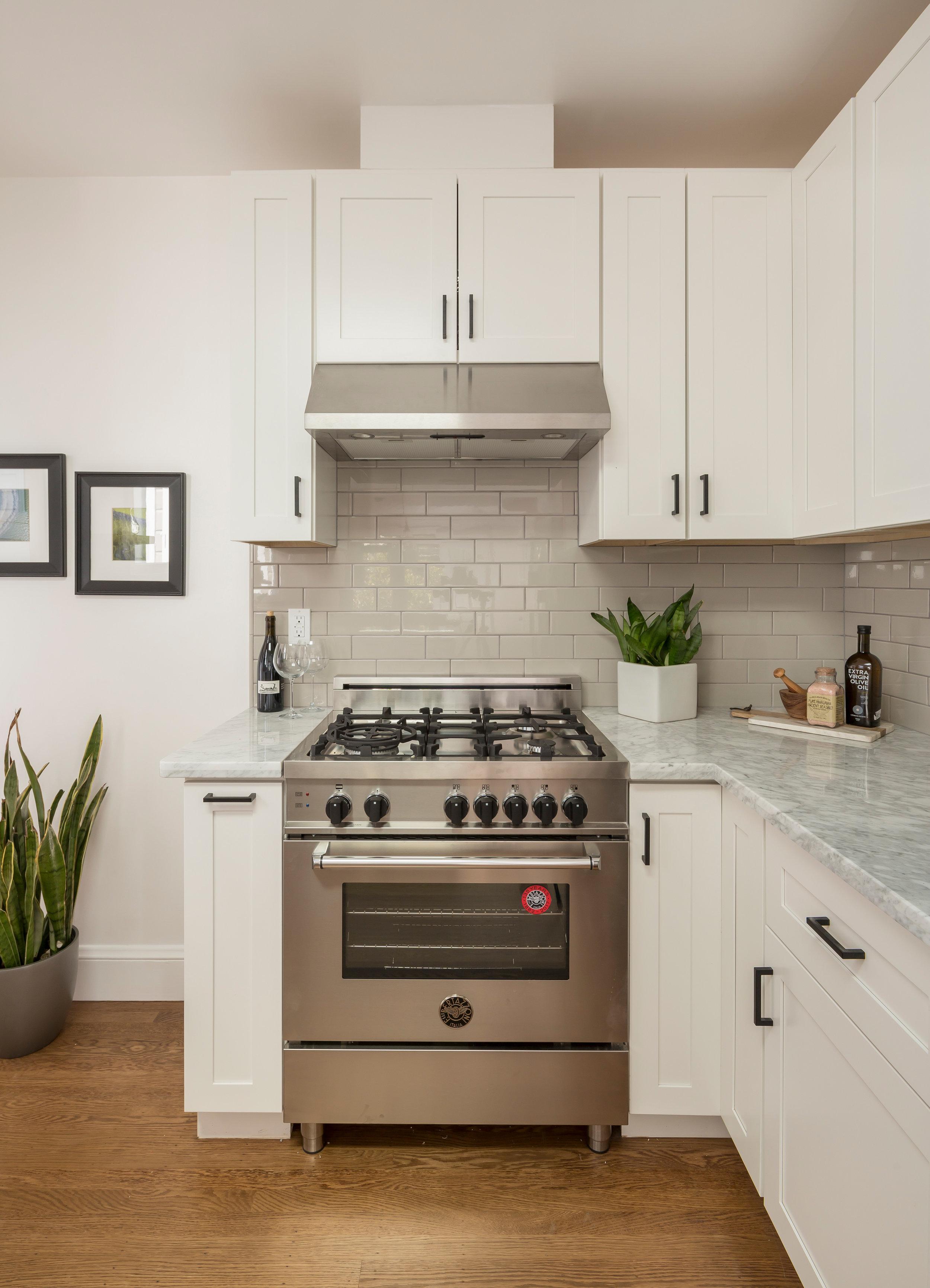 Kitchen_Oven_5723.jpg