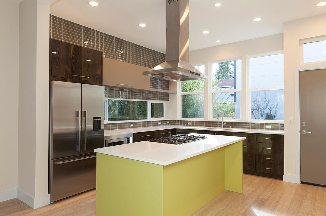 12 kitchen 1-2.jpg