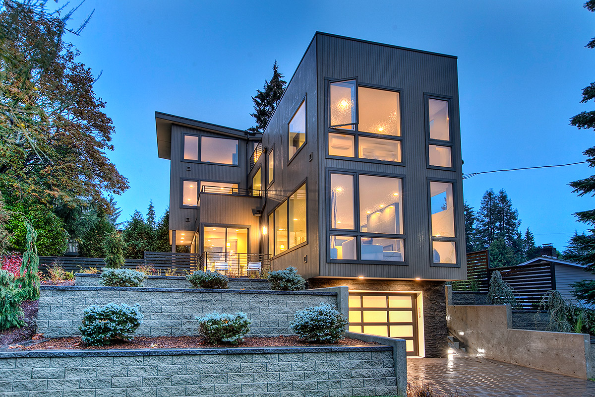 SOLD - NORTH BEACHCONTEMPORARY - On a perch nestled into North Beach Park sits your dream. Modern finishes & thoughtful design.