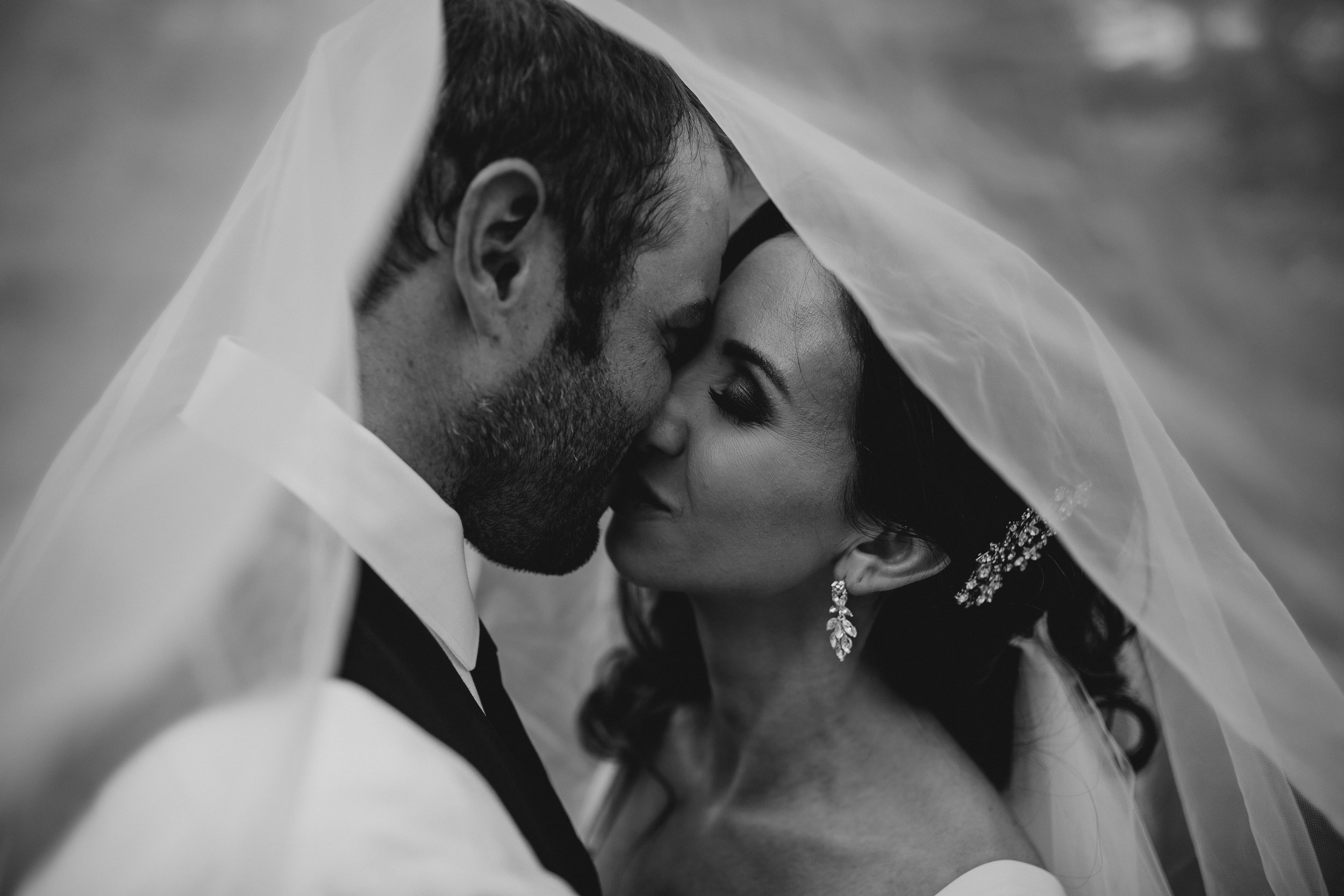 Pacific Northwest adventurous elopement photography team