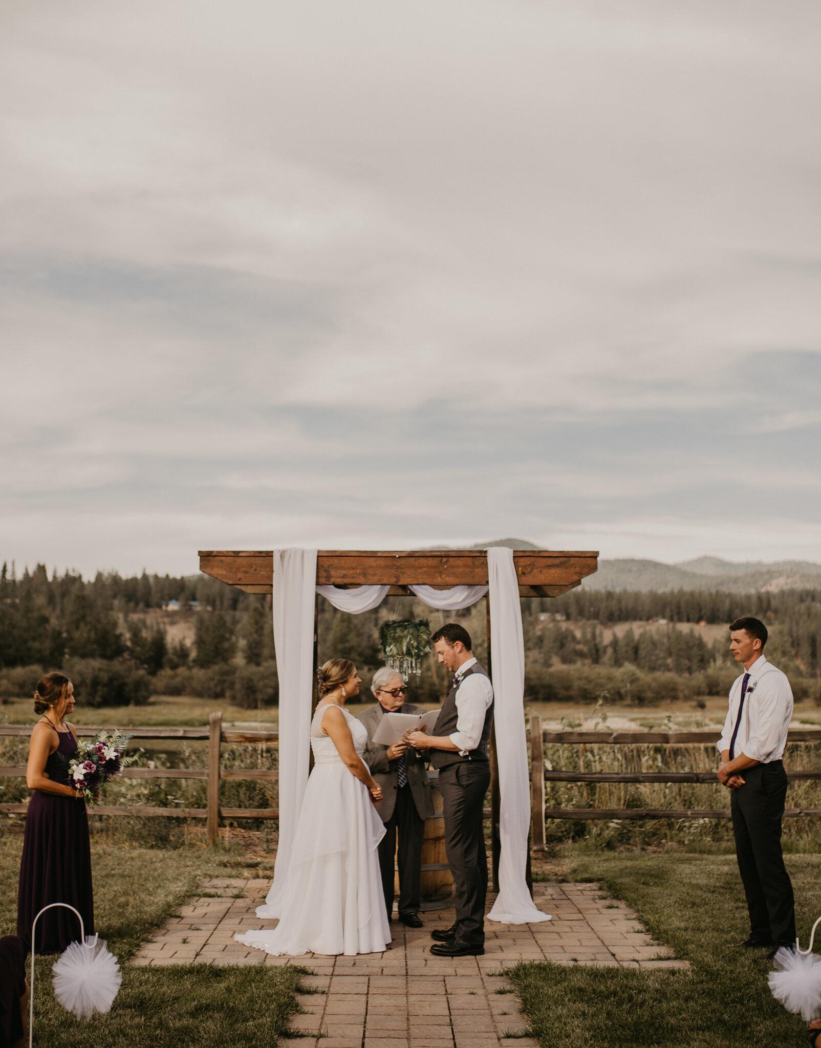 Coeur d Alene Idaho wedding photographer