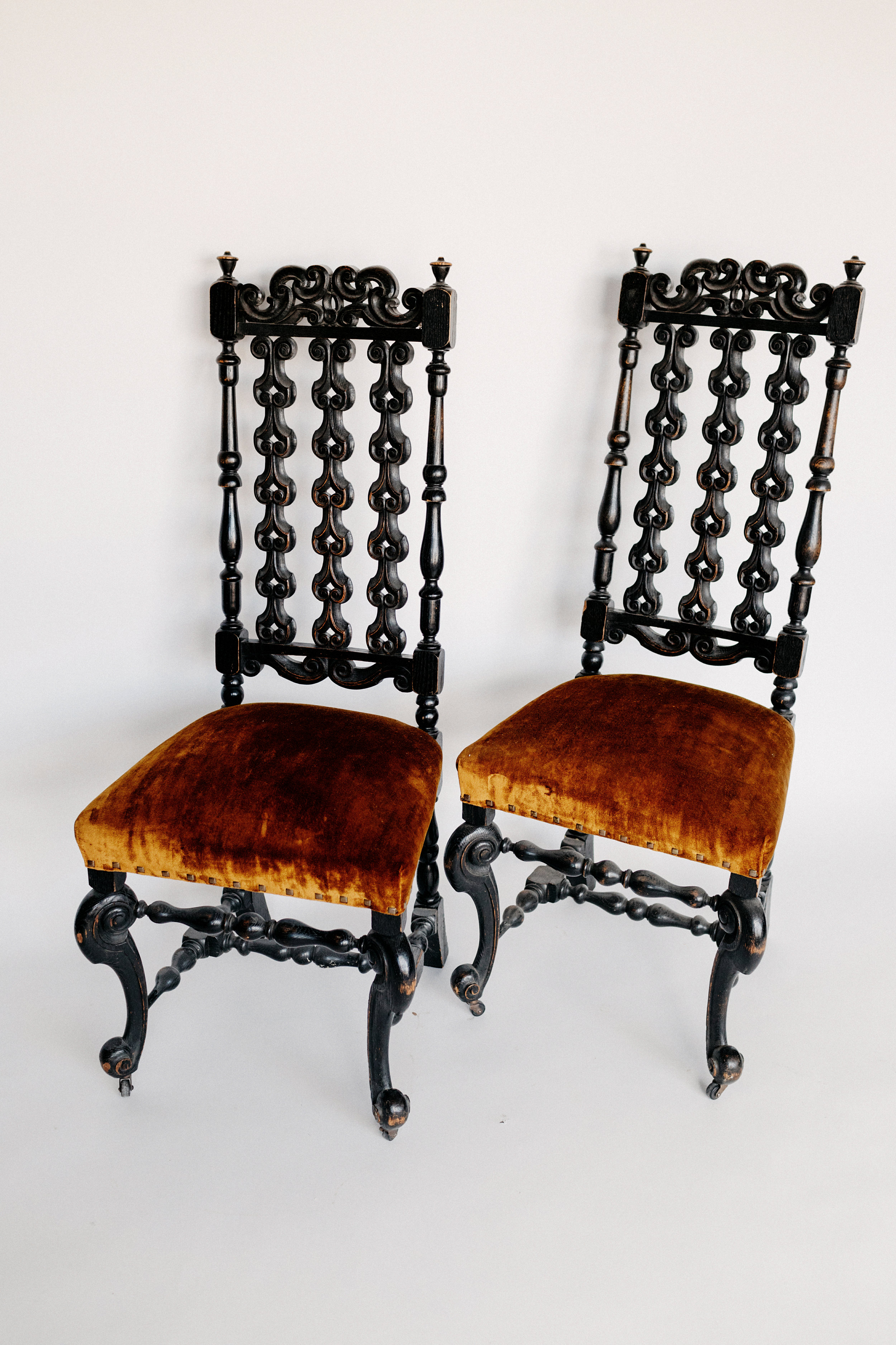 Lewis & Clark Chairs