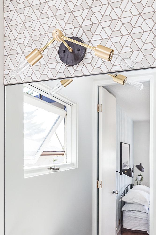 Small Bathroom Design Large Mirror.jpg