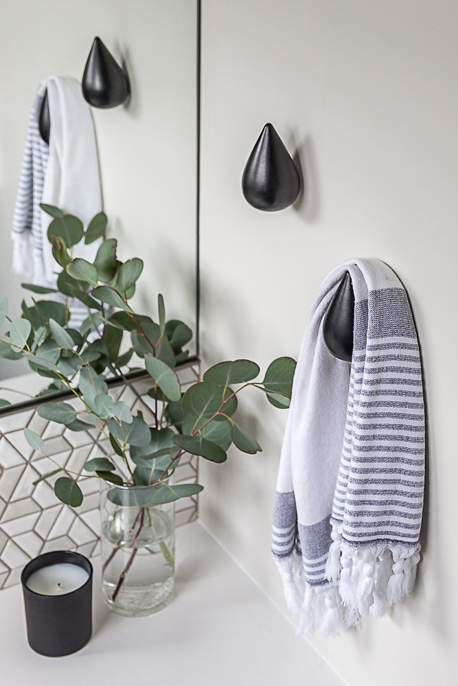 One Room Challenge Mid-Century Modern Ensuite Towel Hook.jpg