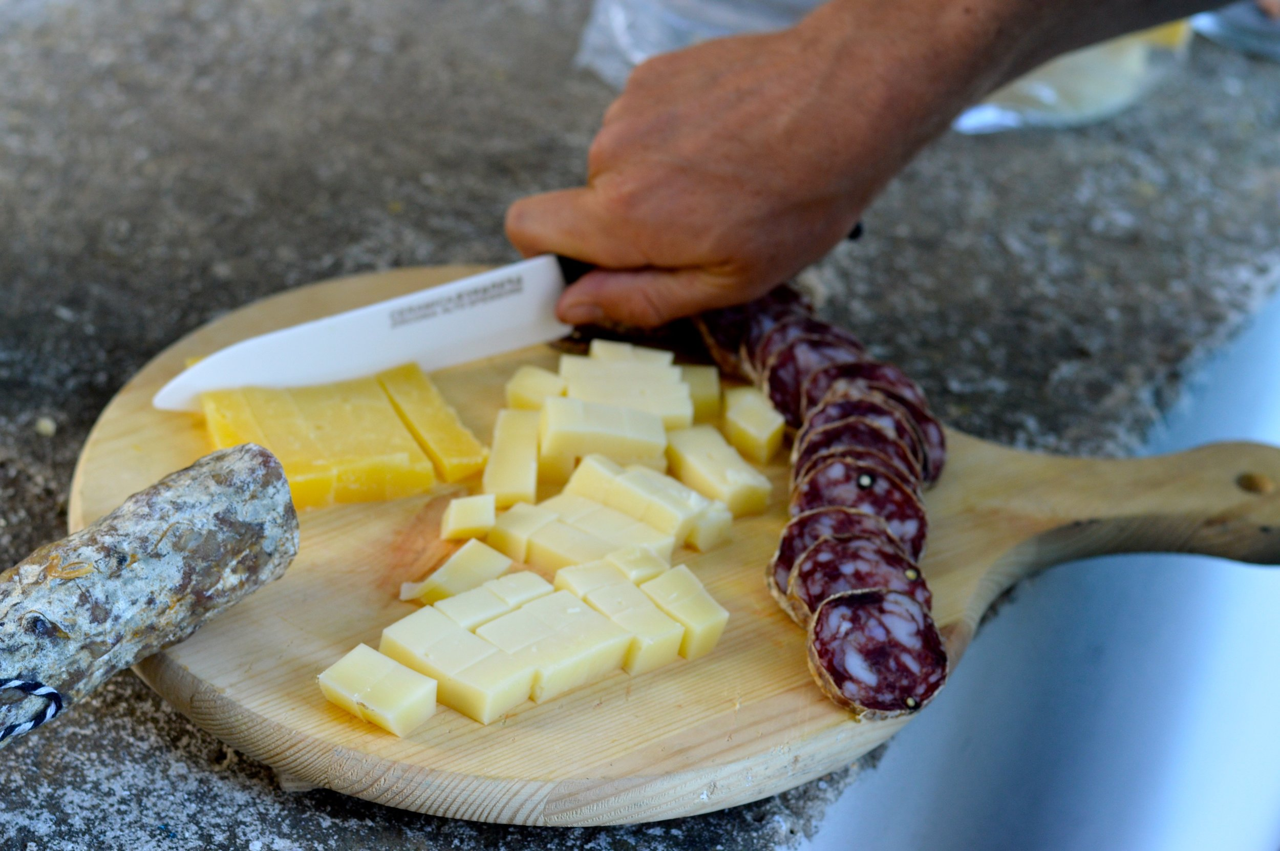 Board with Sicilian meats and cheeses