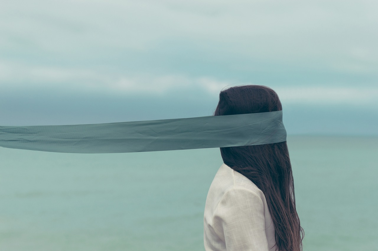 alone-971122_1280.jpg