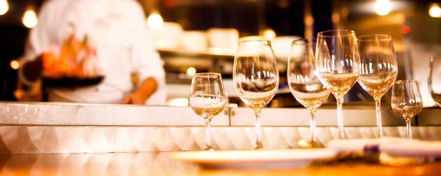 chef-tasting-wine-dinner-at-flying-fish-cafe-00-full - Copy.jpg