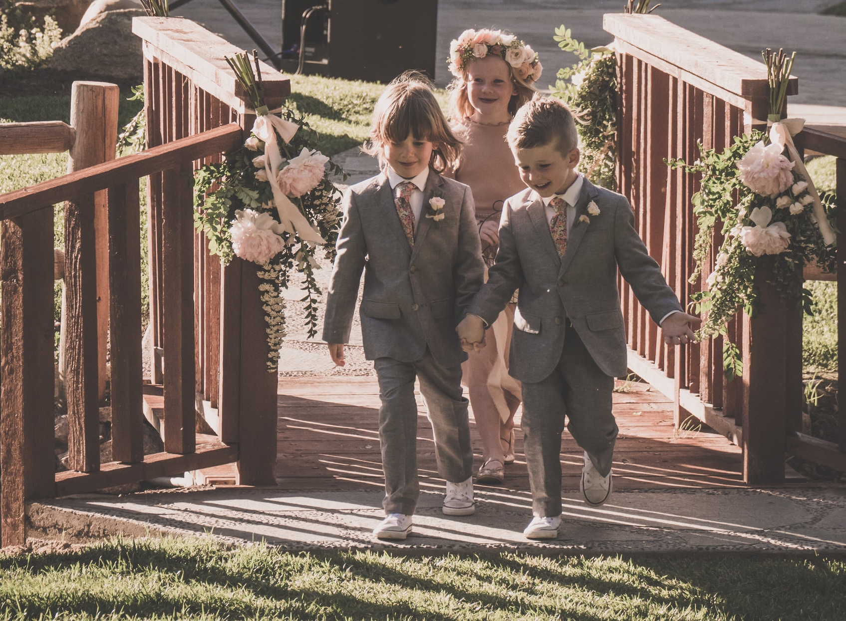 I MAY BE BIAS BUT, CUTEST WEDDING KIDS EVER!!!