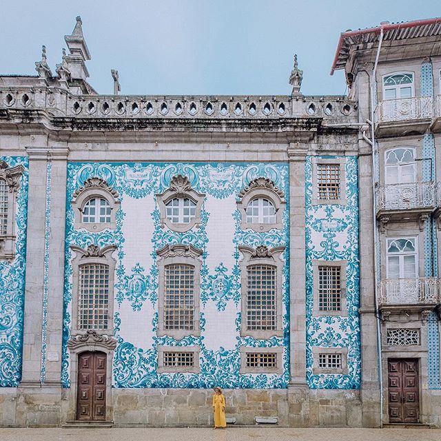 Memories of Portugal ✨ The signature blue and white tiles are forever embedded in my heart now ✨