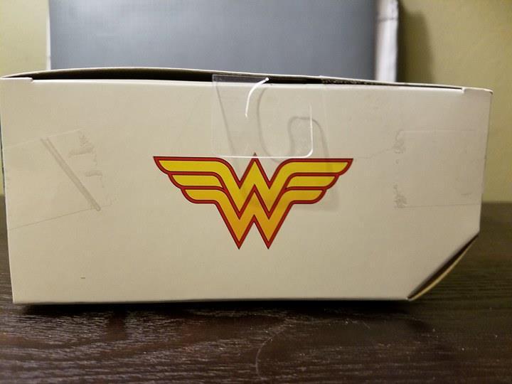 wonder woman box top.jpg