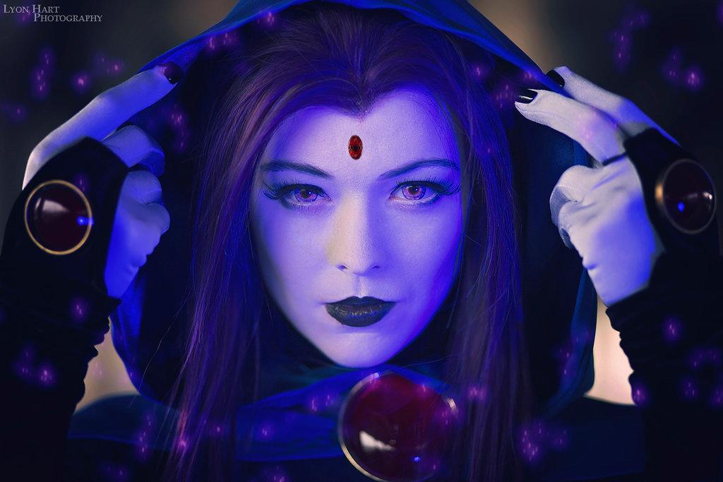 raven_teen_titans_cosplay___close_up__by_lumpysnorlax-da5p65m.jpg