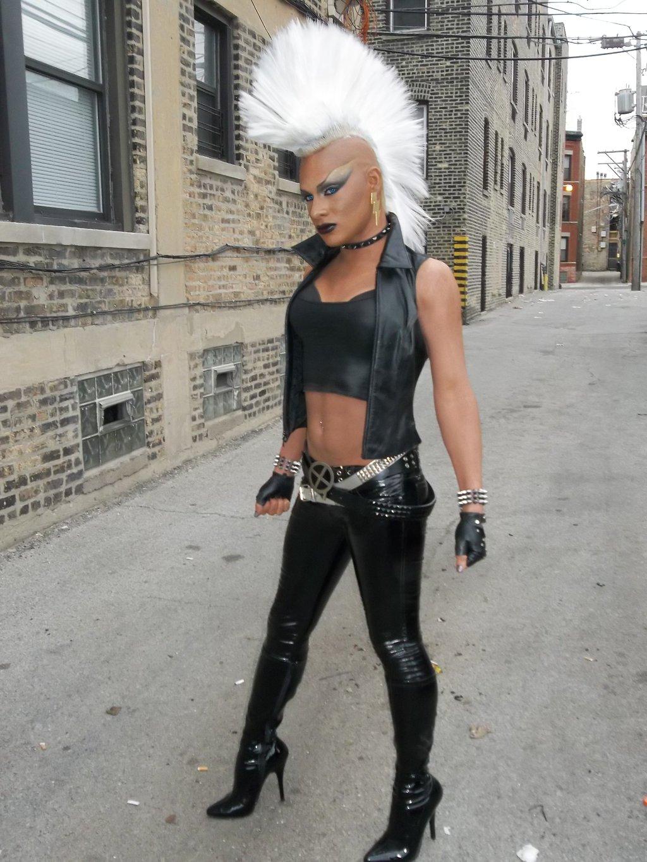 marvel_x_men_punk_storm_by_mikeandelio-d6t33hm.jpg