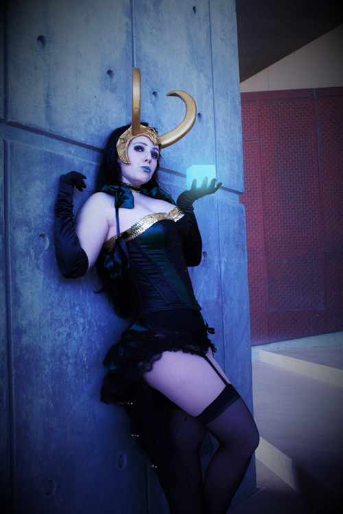 lady-loki-cosplay-01.jpg
