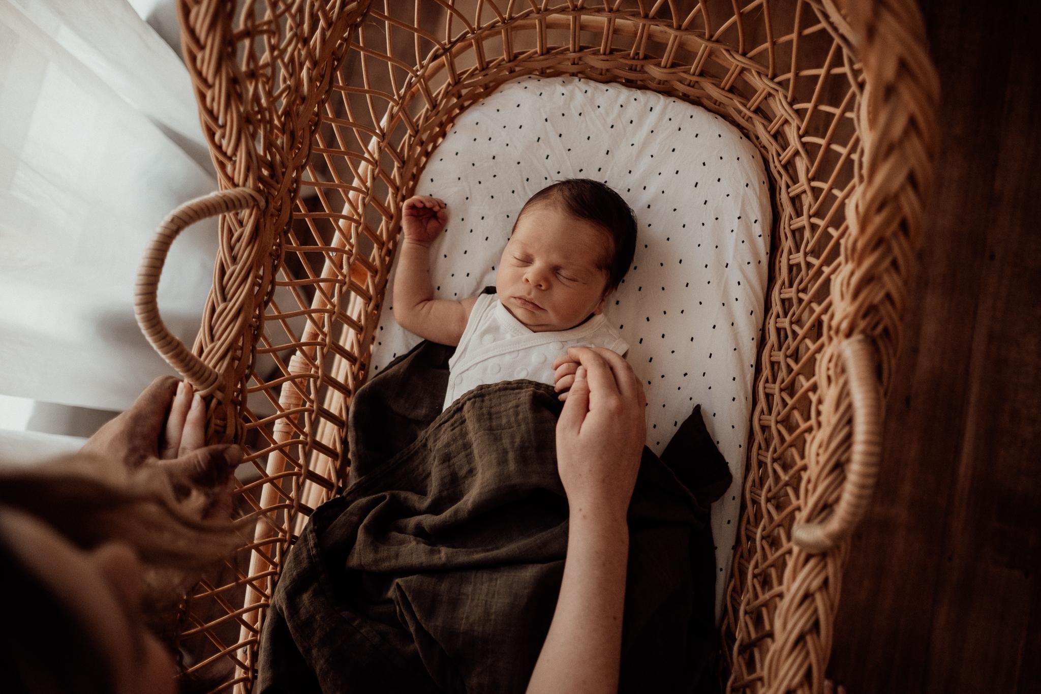 Newborn Photography Near Me (25 of 28).jpg