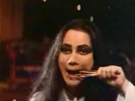 "Sundelbolong (1981) - Nothing beats the cult classic local horror film. Plot ceritanya nggak bertema Halloween, sih, tapi cukup horor untuk diputar dalam rangka Halloween. Meski jadi salah satu favorit saya, Sundelbolong masih terbilang seram untuk a horror hater like me—simply karena penampilan sundel bolong yang diperankan si ratu horor Suzzanna nyeremin banget. Namun, sedikit selipan adegan komedinya yang cukup terkenal—""Bang, satenya 200 tusuk, makan sini…""—sangat menghibur, meski sudah berulang kali ditonton.Image credit: widyarifianti.tumblr.com"