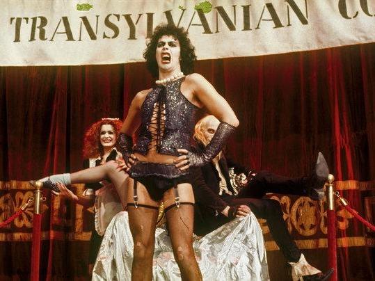The Rocky Horror Picture Show (1975) - Film ini adalah salah satu musical favorit saya. Tergerak nonton ini setelah soundtrack-nya dipertunjukkan di 'Glee'. Not gonna lie, nonton ini harus punya sense of humor yang tinggi and an open mind. Tapi, pengalaman yang didapat setelah menonton sangat luar biasa karena film ini sangat menyenangkan. And I live for the singing and dancing! Some of my favorites are 'The Time Warp', 'Touch-a, Touch-a, Touch-a, Touch Me', and 'Don't Dream It, Be It'.Image credit: The New York Times