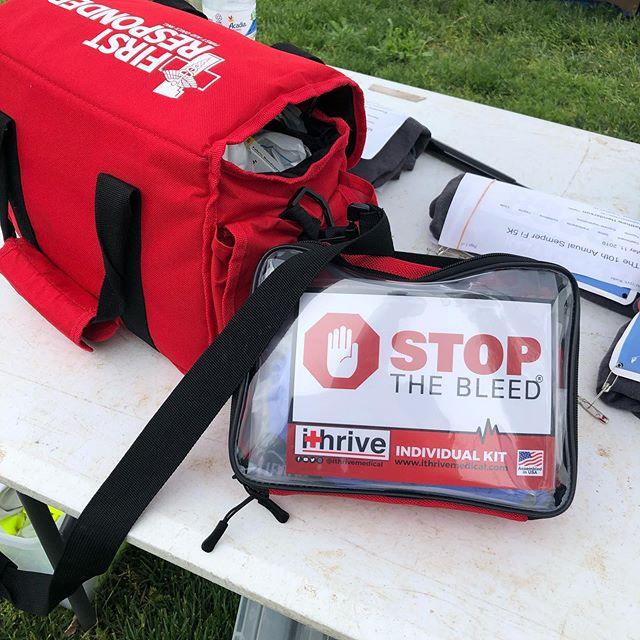 ithrive medical kits, can go anywhere! Including being attached to first aid kits for races #semperfi5k #ithrive #stopthebleed