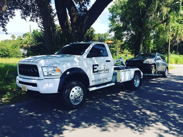 Towing & Recovery!! #tow #towinglife #towingservice #sunshinestate #24seven  #tampa #florida #yborcity #empirecollisionexperts