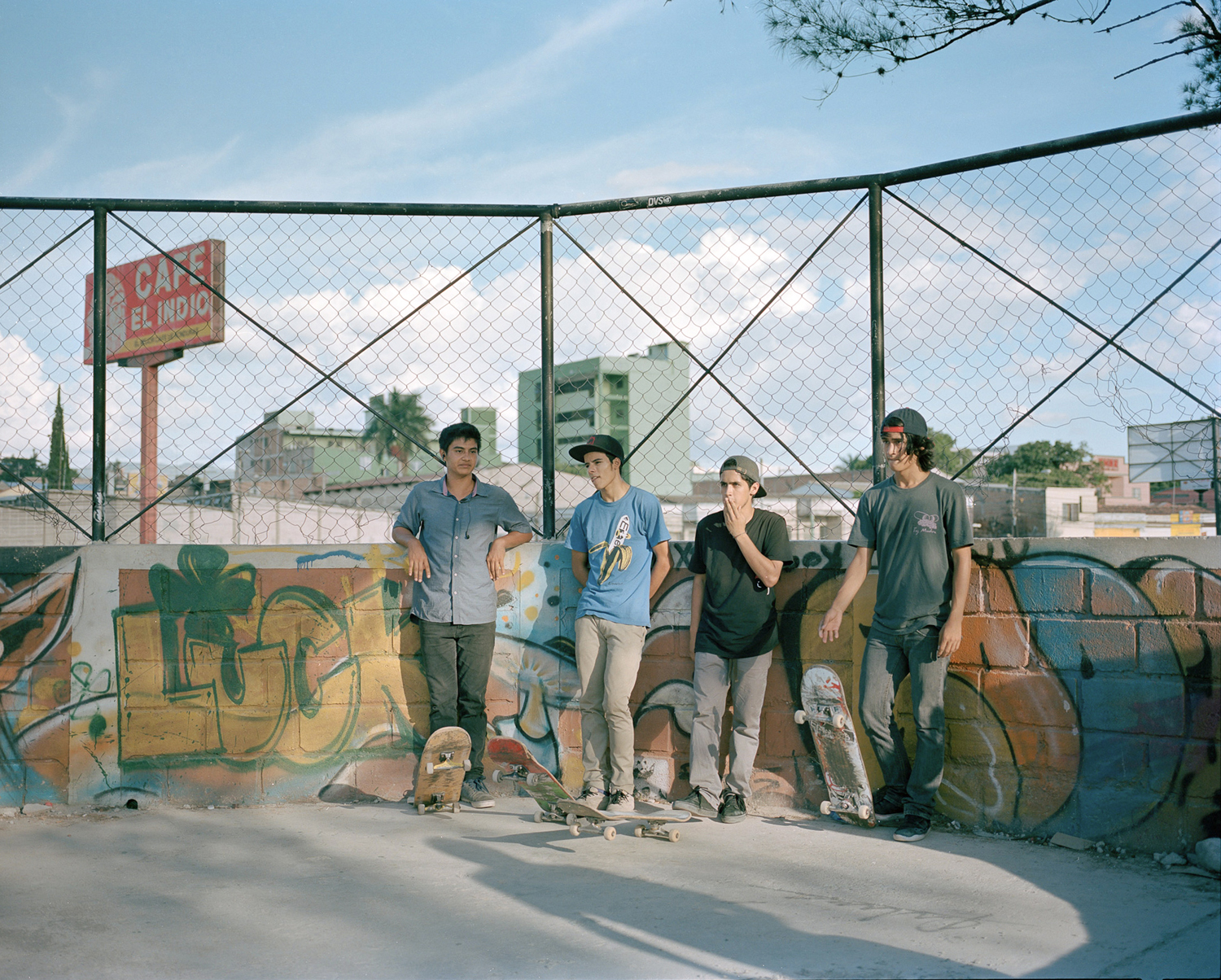 Boys hang out in the El Ove park in Tegucigalpa.