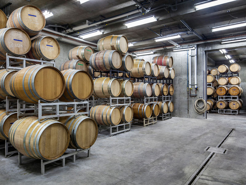 The two barrels rooms were designed to be able to cellar our white and red wines in different conditions. The barrel cellars are temperature and humidity controlled to ensure optimal aging conditions. Combined, the barrel cellars have the capacity to hold 300 barrels. The warehouse can store up to 7,000 cases.