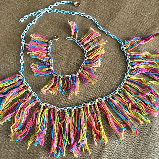 Is it time for the original #willaheart #jewelry to make a comeback? I don't think the world was ready for #tassels 6 years ago but the sure are now! #handmade #friendshipbracelet #jewelry #bracelets #fun #fashion #embroidery #colorful #rainbow swipe to see more and let me know what you guys think! Let them stay in retirement or bring them back for one last try? #ootd #etsy #weave #instasale #shop #palmbeach #palmtrees