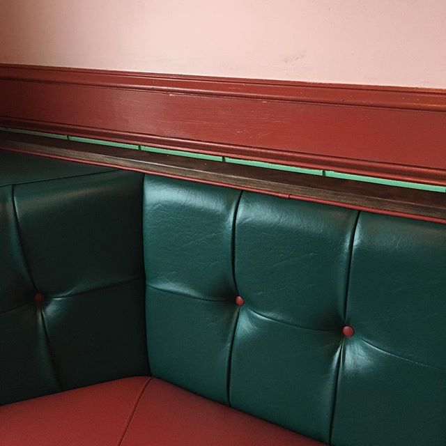 I will forever #love the #decor inside of all #Mexican #restaurant the are the best! #pink and #huntergreen and #red talk about a pretty #colorstory #tilewalls #tufted #restaurantdesign #pinkwalls #redwalls #style #industrialdesign #interiordesign how amazing would this #colorscheme be in a home #kitchen #booth #leather #inspiration