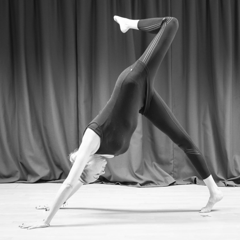 20161213 - Karine Yoga (1500) -23.jpg