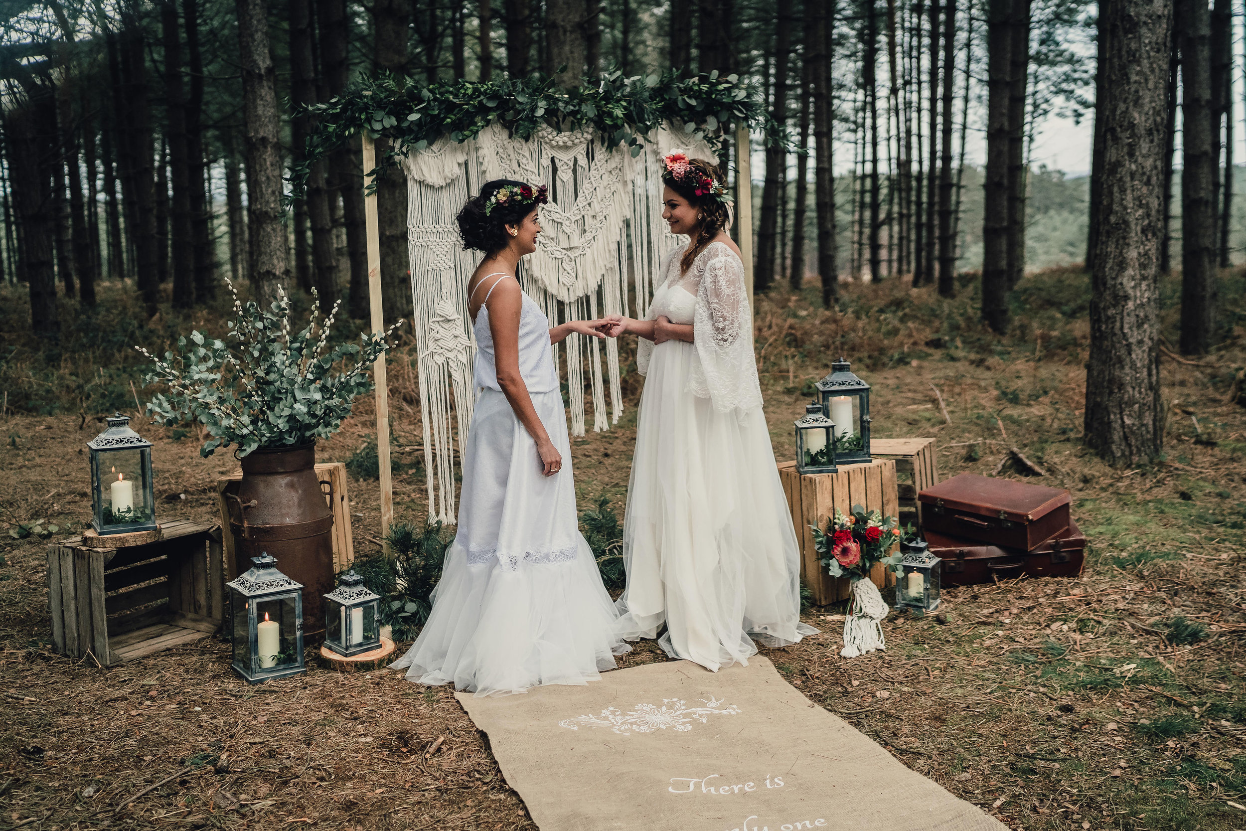 boho-elopement-cannock-chase-leeshawilliamsphotography-136.jpg