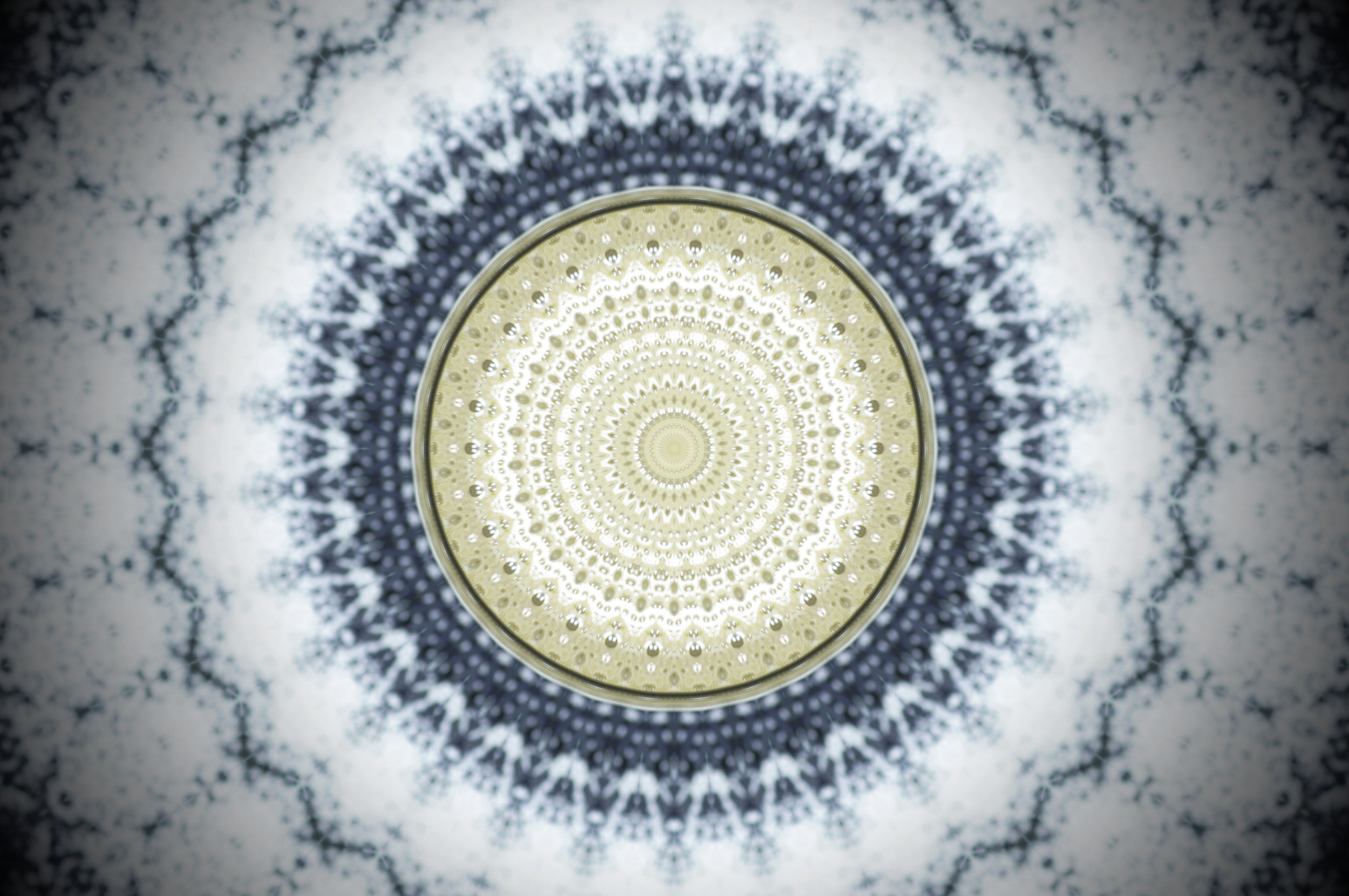 Blue-White-Radial-Mandala-670334284_4912x3264.jpeg