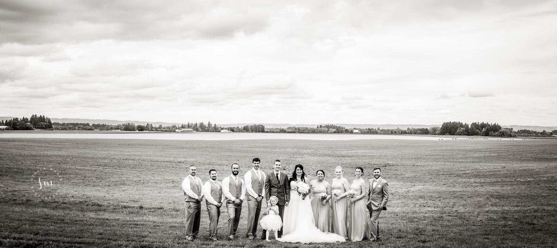 Oregon Wedding Party - Dramatic Landscape