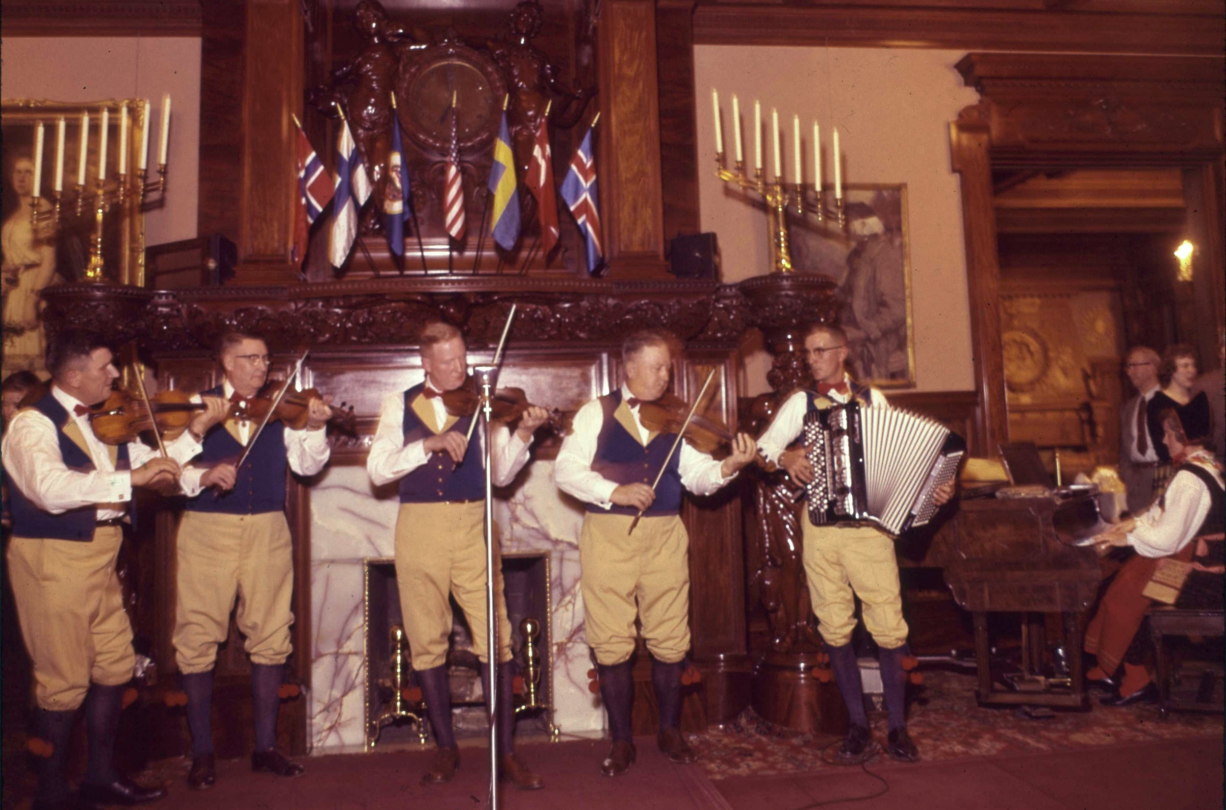 Edwin Johnson, Nall Jon Eriksson, Roy Lind, Gunnar Helberg, Gust Anderson, and Edith Lind playing at the American Swedish Institute circa 1960. Photo by Roy Svedvik.