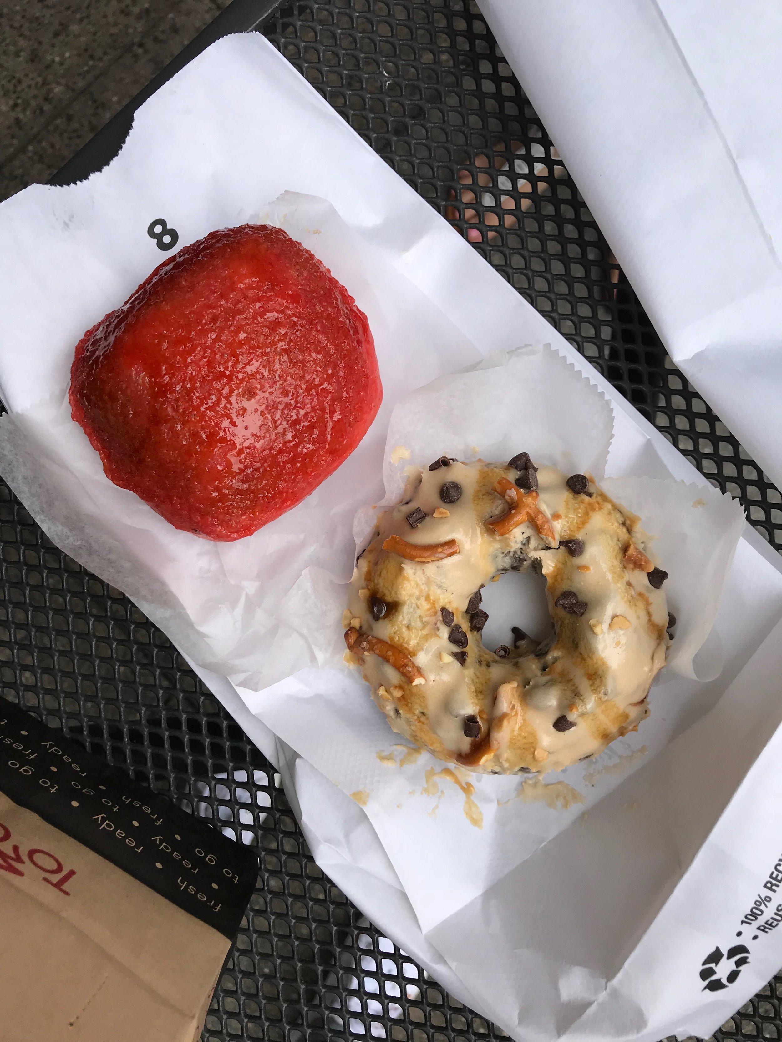 Astro Donuts