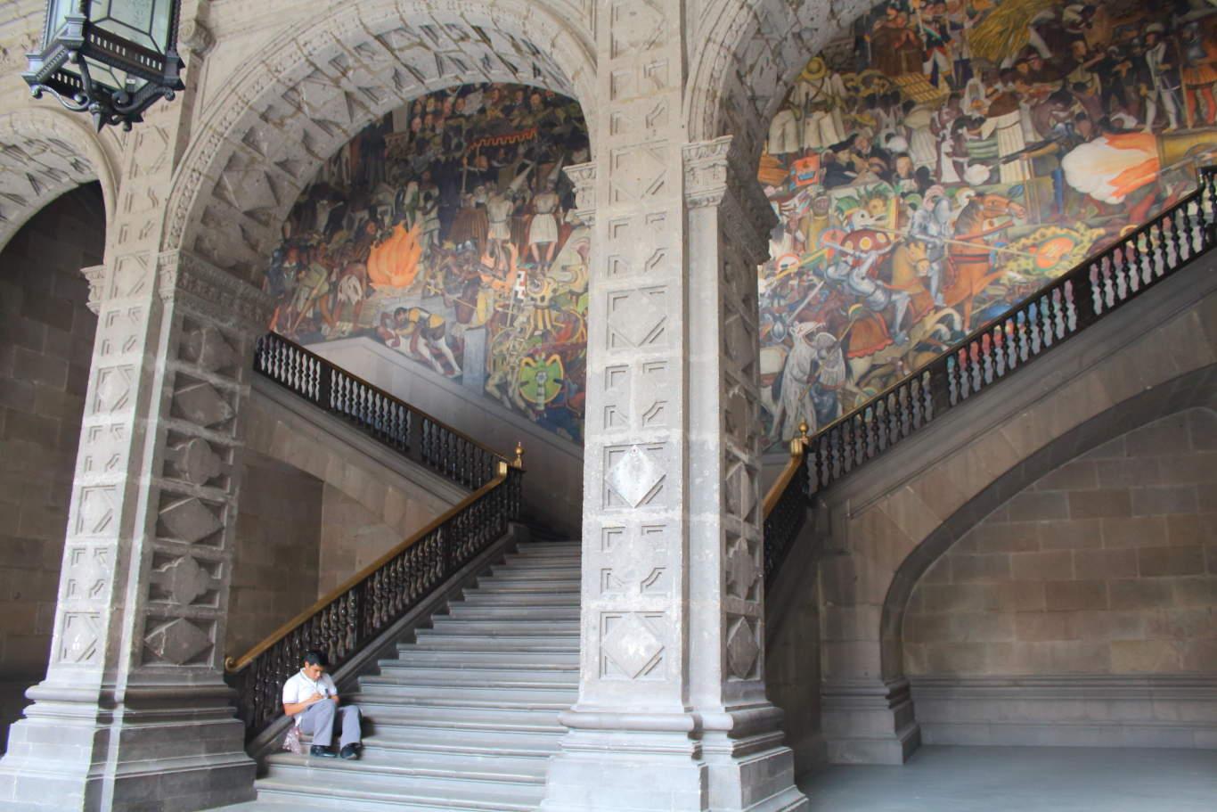 Diego Rivera, The History of Mexico, National Palace, Zócalo