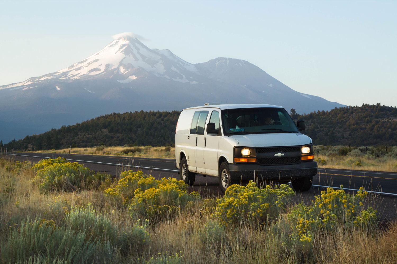 Van_Mount-Shasta-sunrise-1_web.jpg
