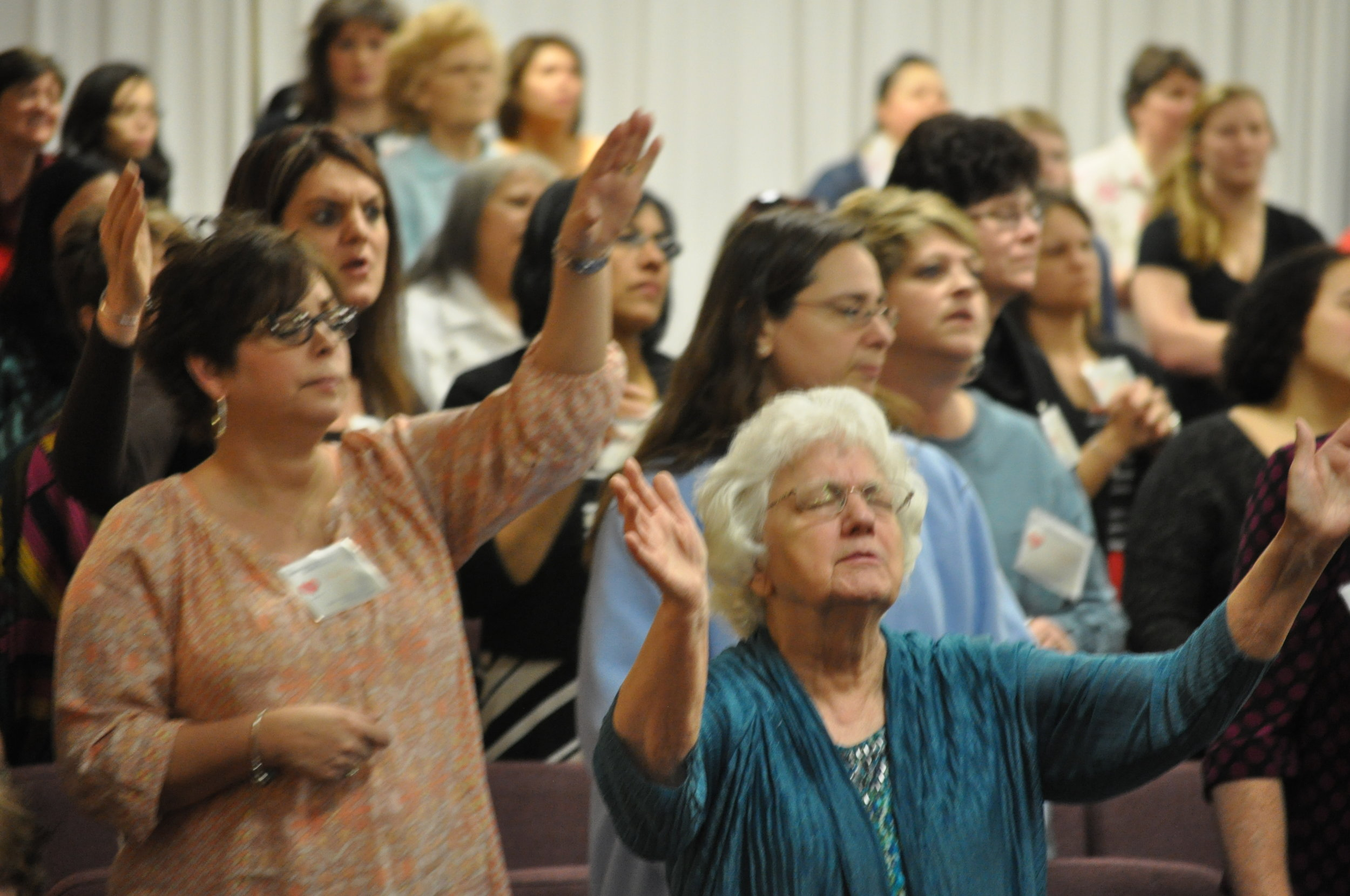 Women's Discipleship & LifeRenewers - CLICK HERE T SCHEDULE A MEETING