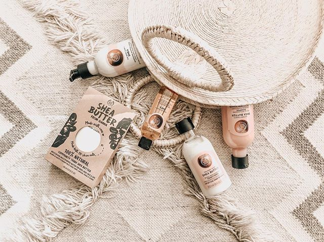 #ad I think I've become more obsessed with @thebodyshop products with each use! No other brand has kept my skin this happy. And they've done it again with this Shea Butter line! #thebodyshop #thebodyshopusa #carewithshea #thebodyshopbellevue #beauty #skin #skincare #lifestyle #blogger #collab