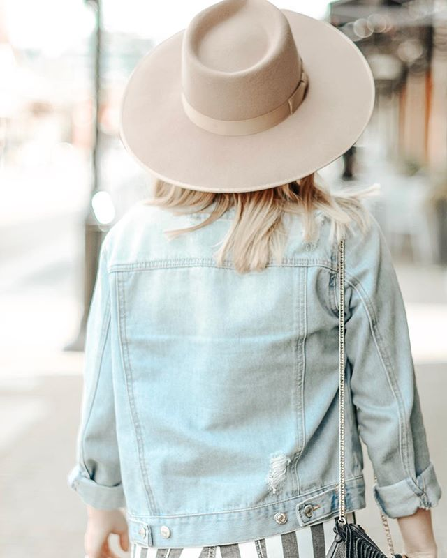 She remembered who she was, and the game changed✨ #photography #lifestyle #blog #blogger #seattle #kirkland #bohostyle #boho #desertvibes #spring #fashion #accessories #hats #ootd