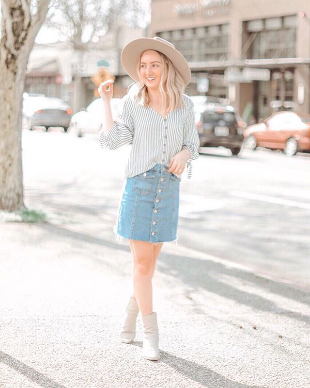 When tomorrow is my day off and it's almost here! #weekend #dayoff #work #happy #spring #lifestyle #blog #fashion #style #ootd