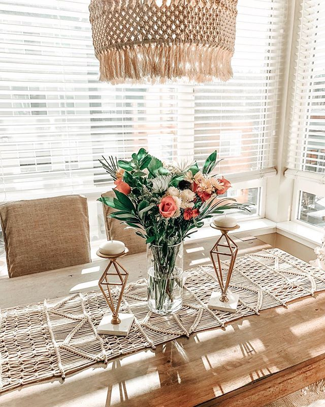 Good Morning & Happy Monday! It's my day off and it's my favorite kind of morning. Hot coffee, lots of sun, fresh flowers, our balcony door is wide open, and this girl is still in her pjs 🙌🏼 #happy #home #dayoff #goodvibes #relax #homedecor #lifestyle #boho #bohostyle #bohodecor #apartment #spring #seattle #pnw #maryhadalittlestylehome