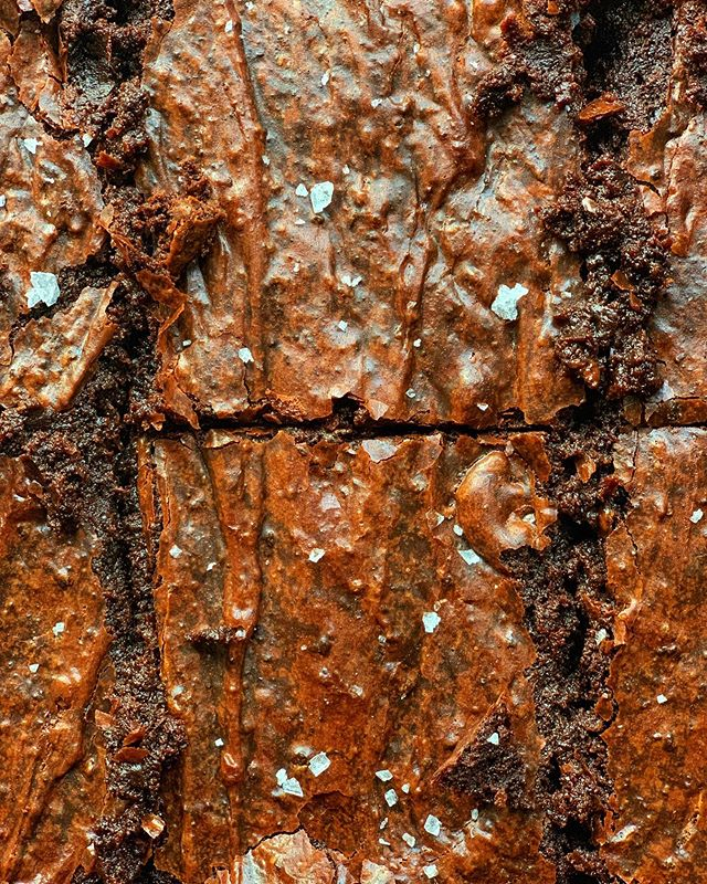 ✨ Salted speculoos brownies coming to the site soon ✨ #afsanaliza