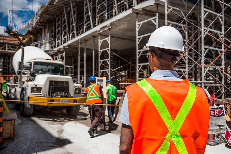 Bus Rental for Shuttling Construction Workers