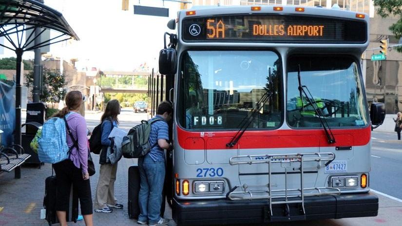 Dulles+Airport+Bus+Transport.jpg